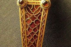 Clasp buckle.